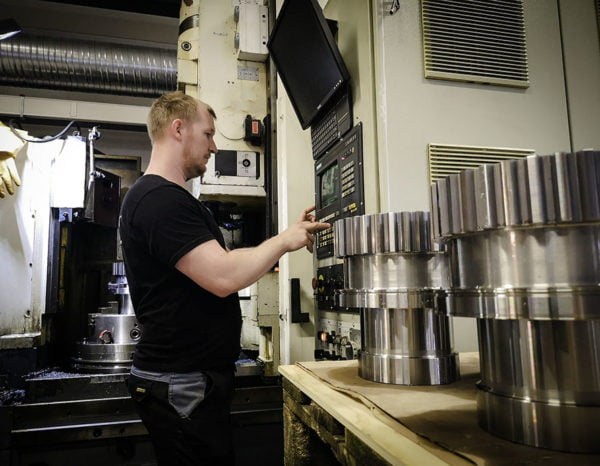 CNC maskin for å lage tannhjul