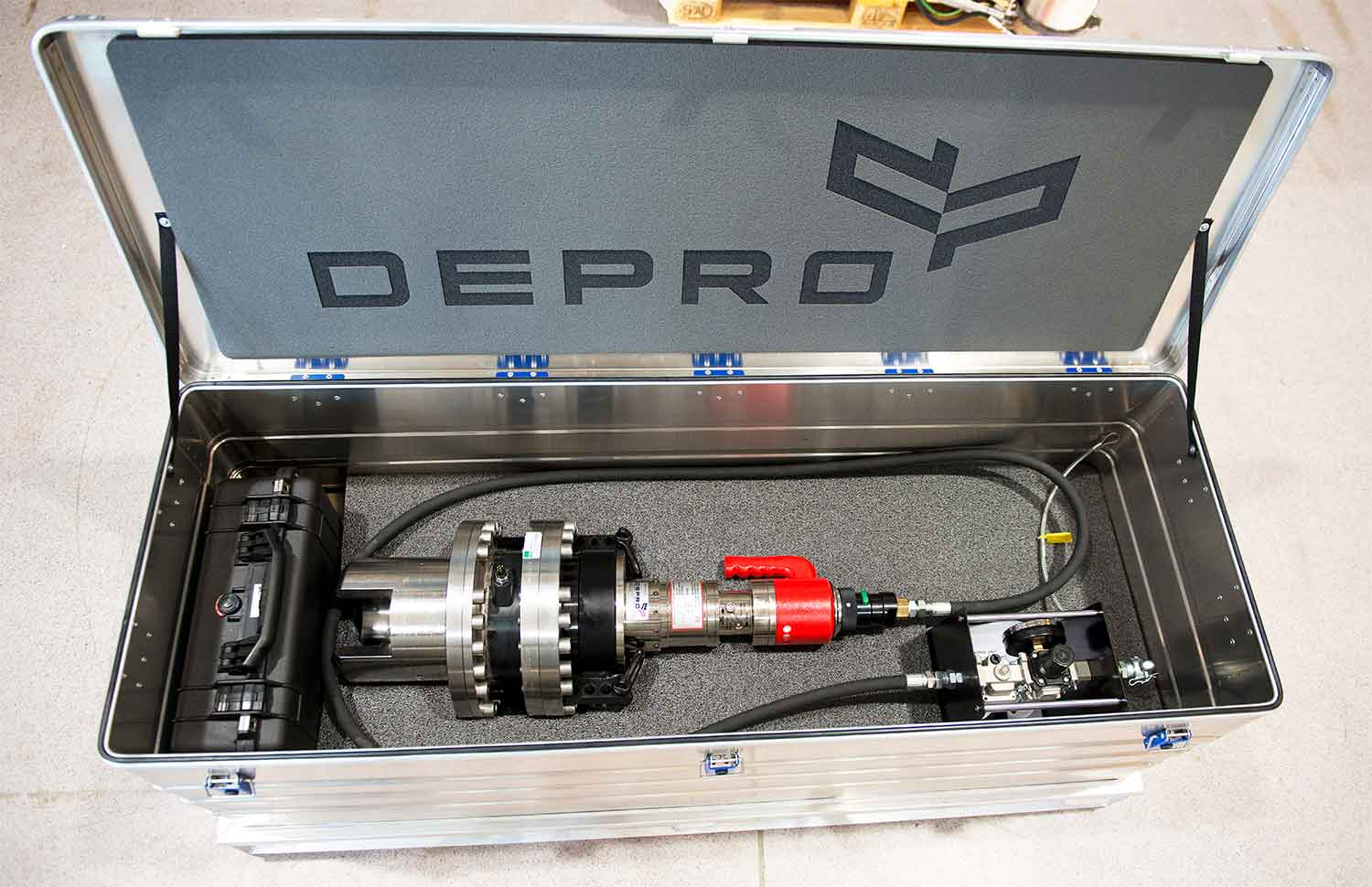 Torque tool from Depro AS designed for use subsea, and remote operated through ROV placed in an aluminum box with foam ready for transport