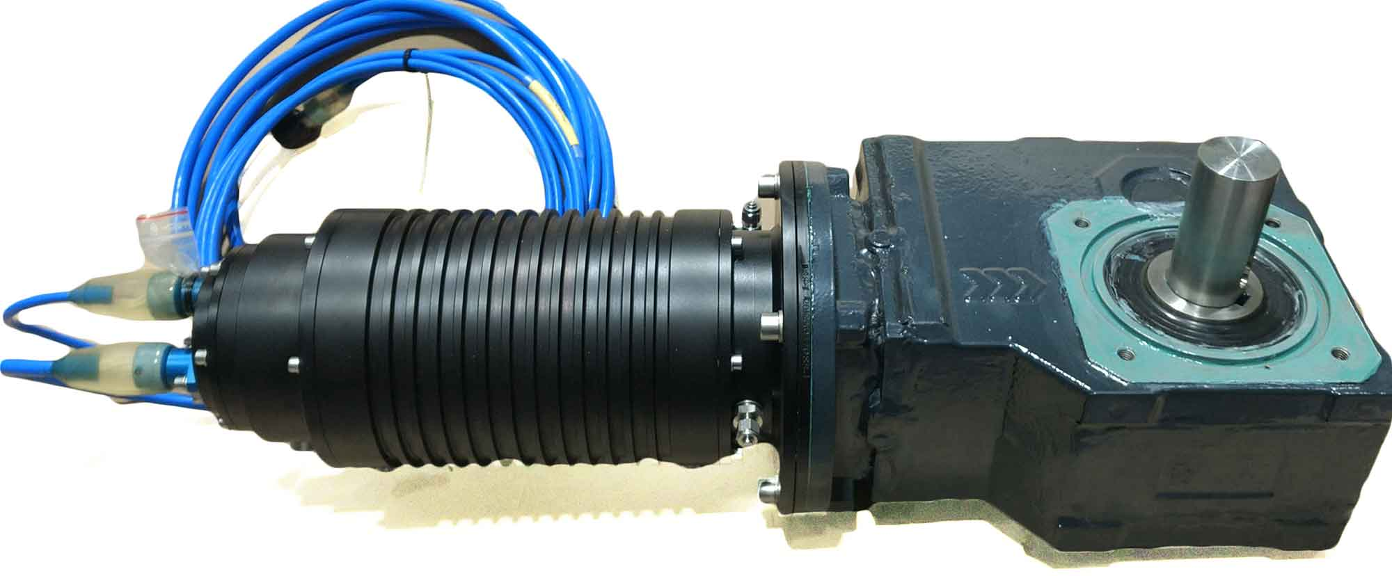 Electric motor 3phase 400VAC for subsea use produced by Depro AS with white background.